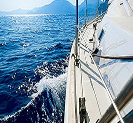 yachtscancunluxurycharters.jpg